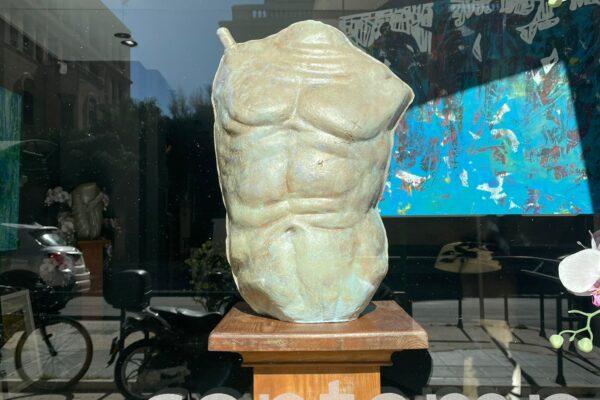 scultura alberto criscione pallone gonfiato galleria raffaello